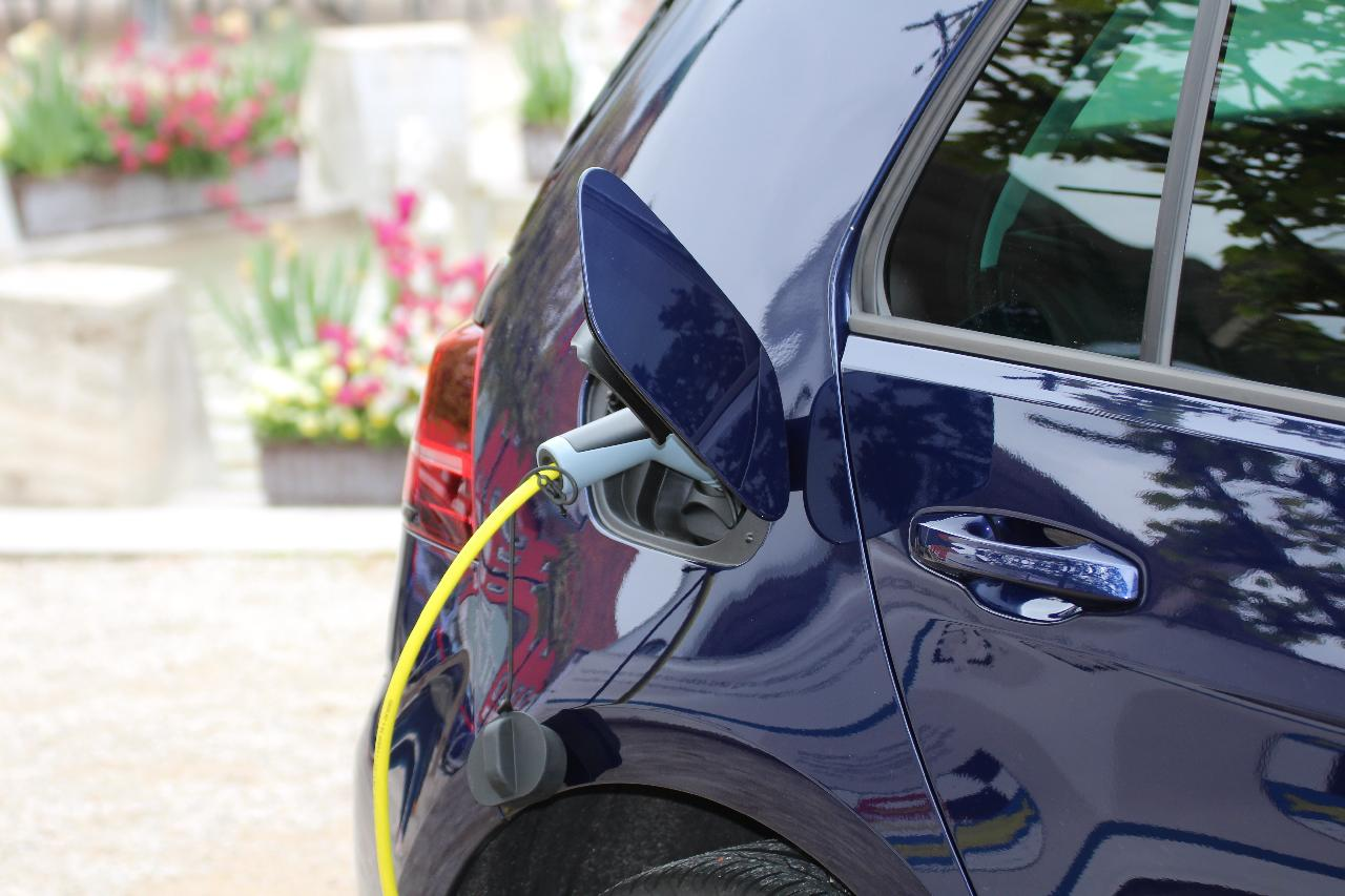 digital marketing strategy to get more electric vehicle install jobs