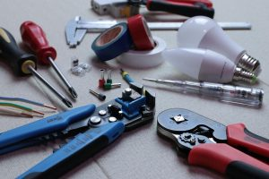 electrician tools - getting more calls from seo strategy